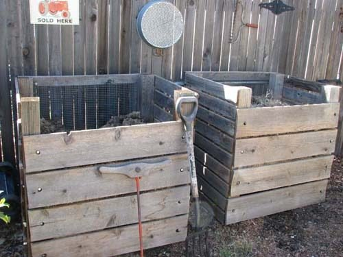 Cedar Board DIY Compost Bins | 45 DIY Compost Bins To Make For Your Homestead
