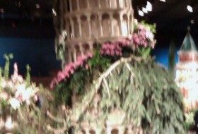 macys flower show leaning tower of pisa