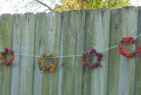 Berry Wreath Garland Homemade Bird Feeder