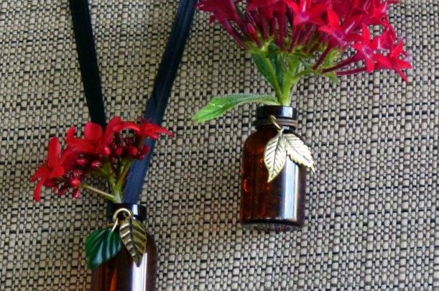 Diy For Valentines Day Wearable Vases Birds And Blooms