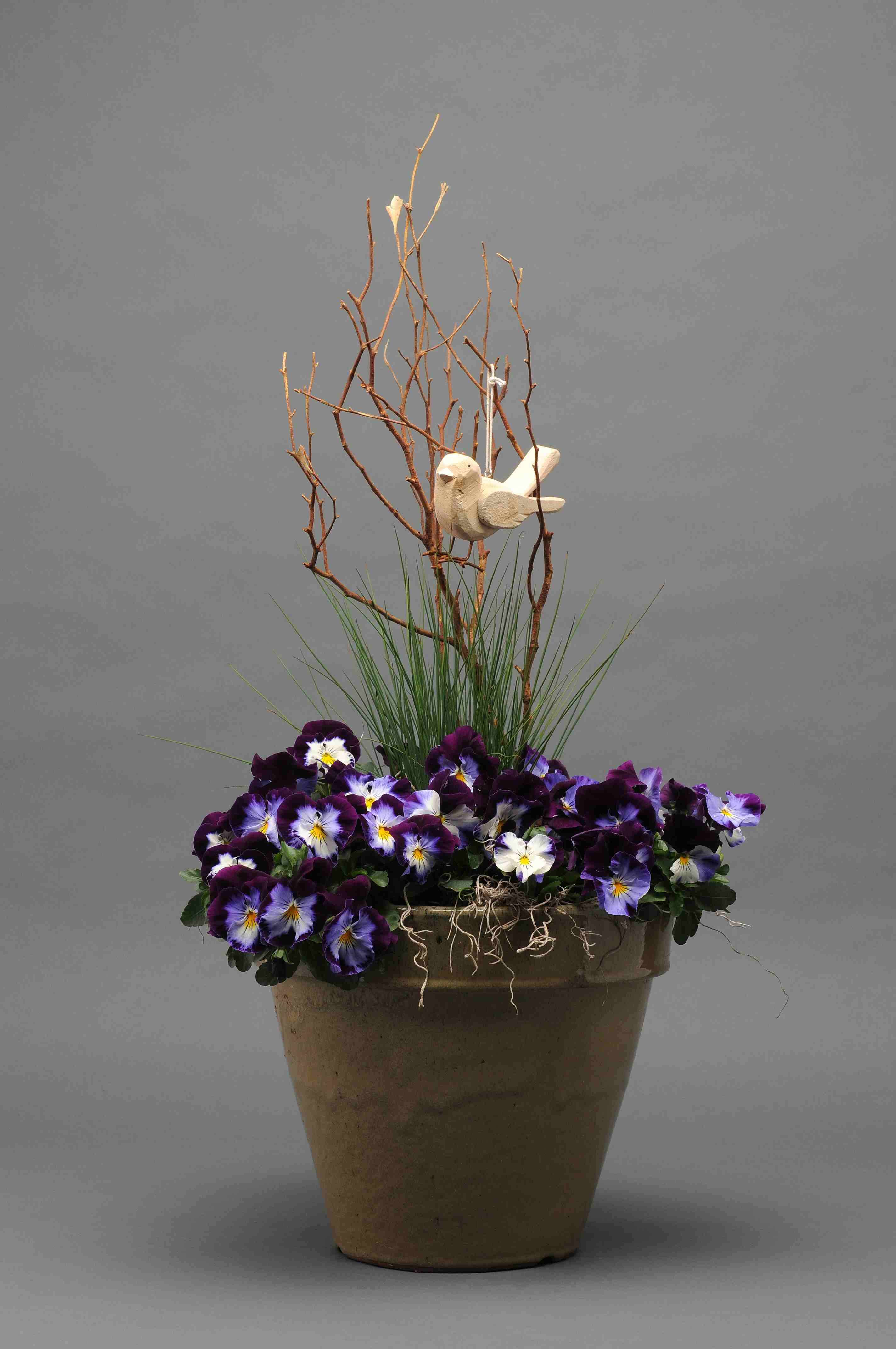 Spring centerpieces birds and blooms