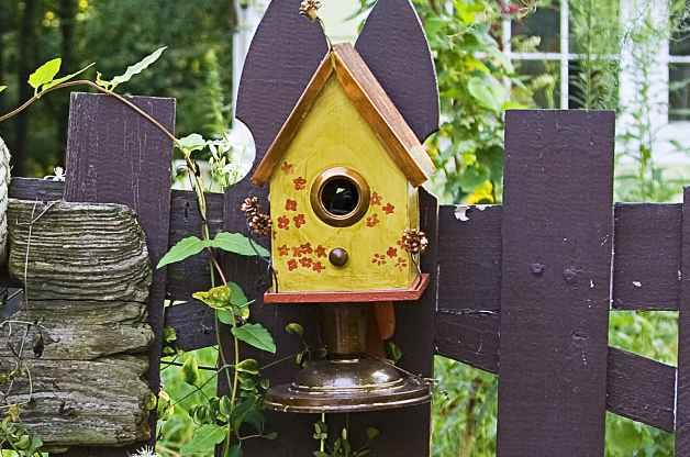 DIY Birdhouse Designs