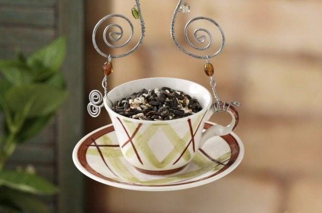 DIY Teacup Bird Feeder