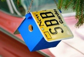 Build a License Plate Birdhouse