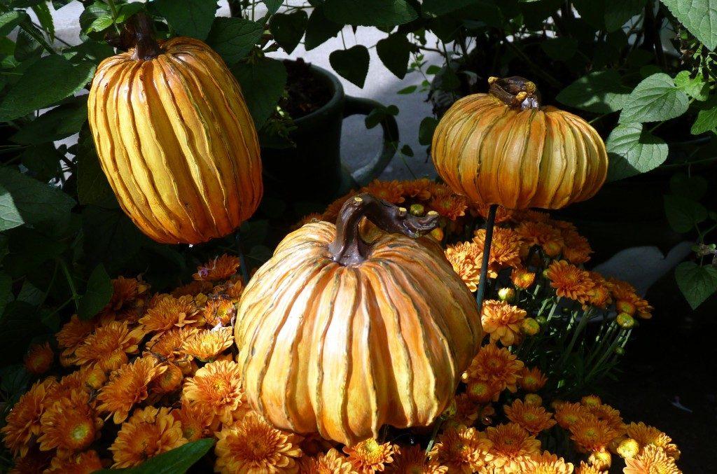 Fall Pumpkin Garden Stakes
