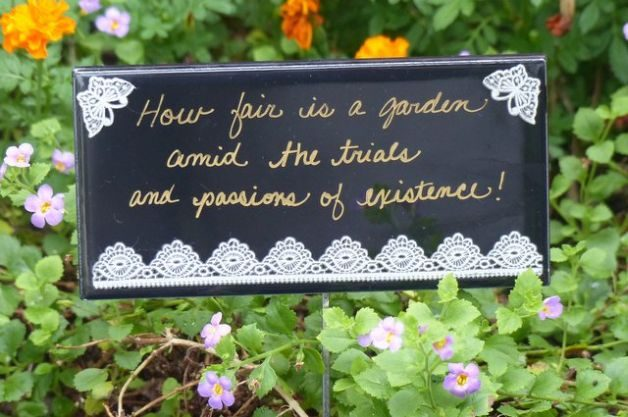 DIY Garden Sign Tile