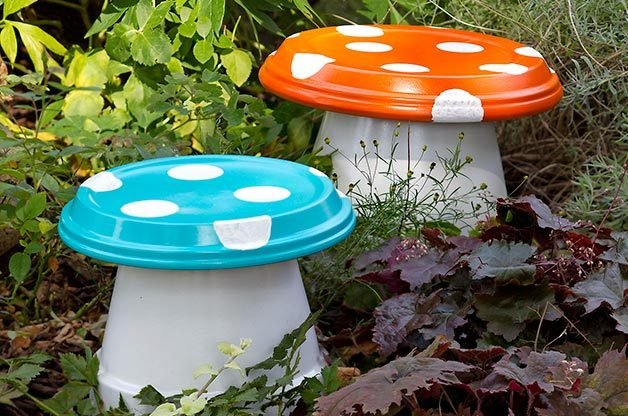 diy garden mushrooms backyard projects birds blooms