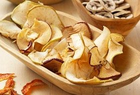 How to Dry Fruit For All Seasons