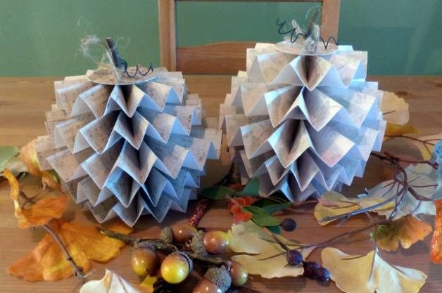 Folded Paper Pumpkin Craft DIY Projects for the Home