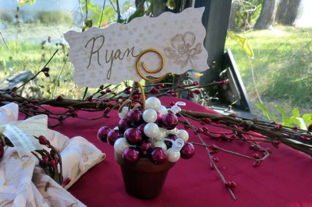 Place Card Holder Berries