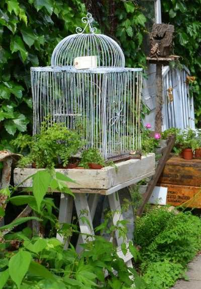 Decorating old ladders - Decorate Your Outdoor Space Using Repurposed Items Like Old Ladders