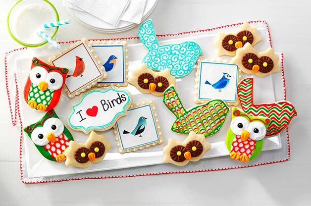 Sweet Tweets: Bird-themed Holiday Cookies