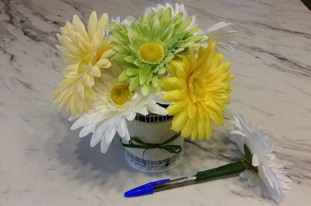 Easy DIY Flower Pens Craft