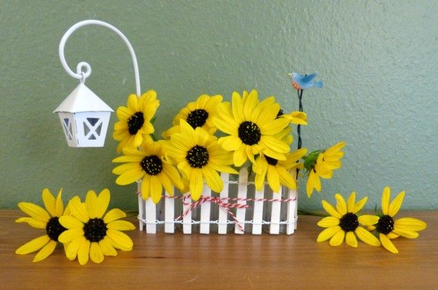 Mini Picket Fence DIY Vase Craft