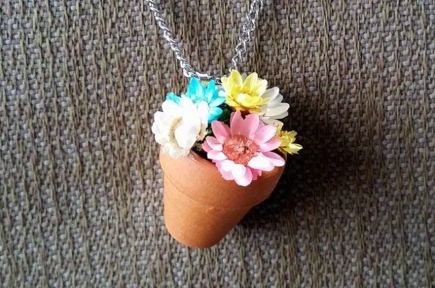 Flower Pot Necklace Craft