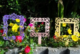 Flower Frames Garden Craft