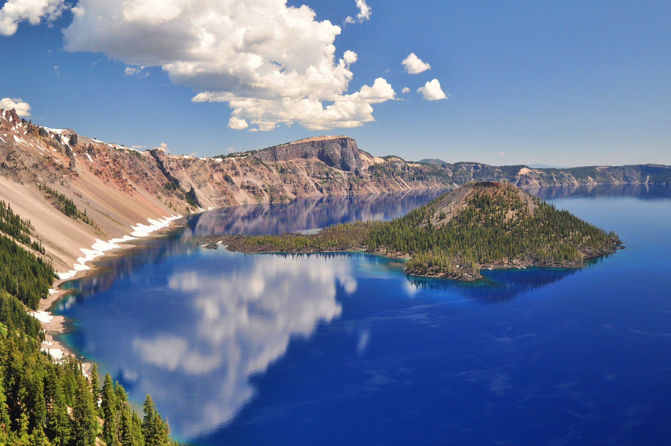 Landscape with Crater Lake National Park