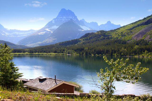 Many Glaciers scenic recreation area in Glacier national park