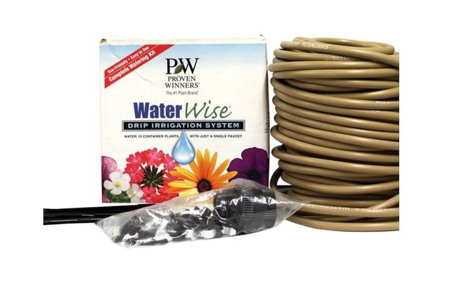 Drip irrigation system for indoor plants