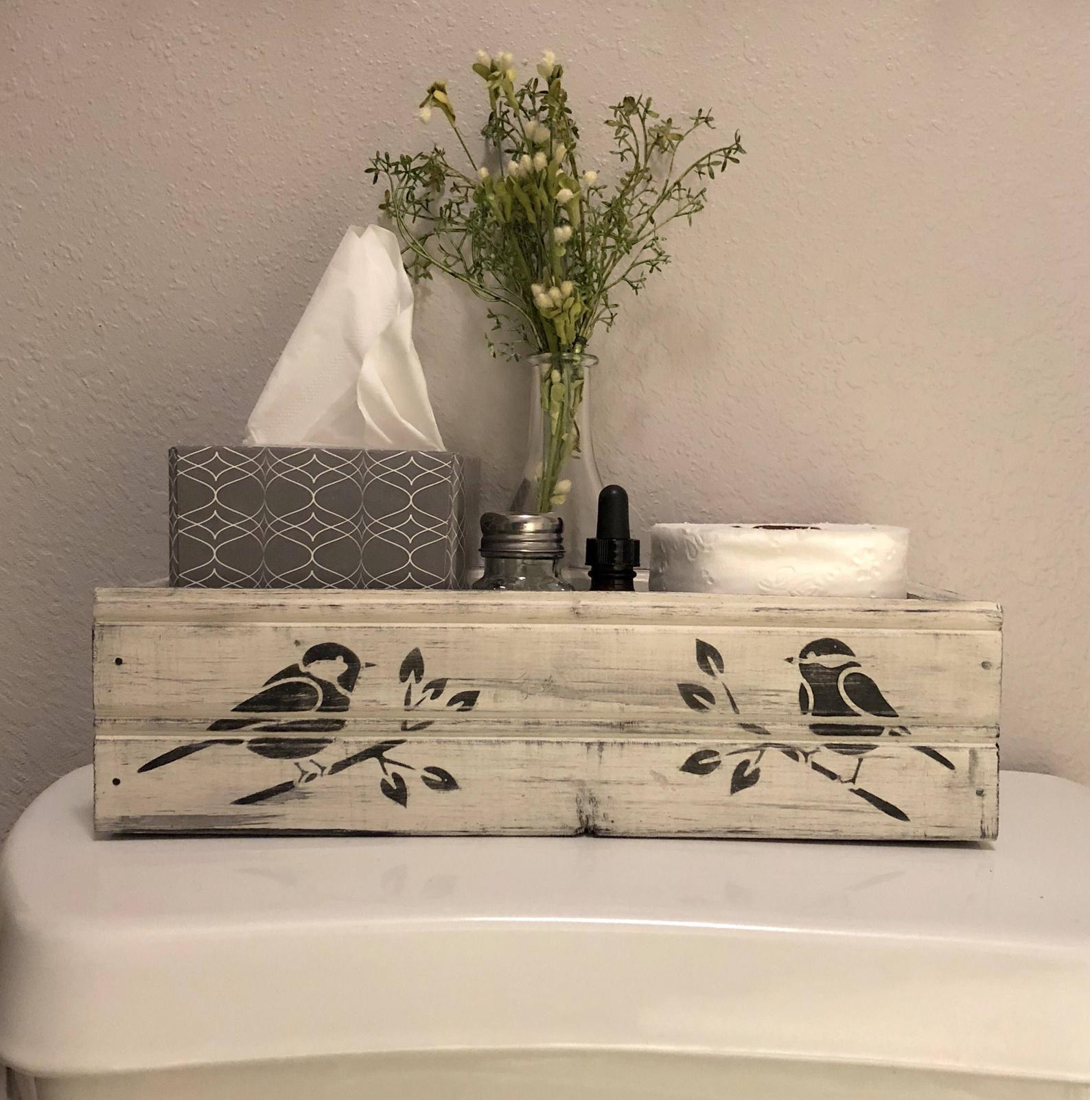 bird farmhouse crate