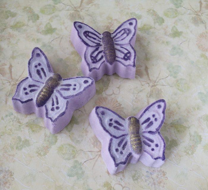 butterfly bath bomb gift